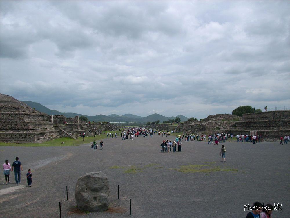 月亮金字塔_墨西哥城月亮金字塔
